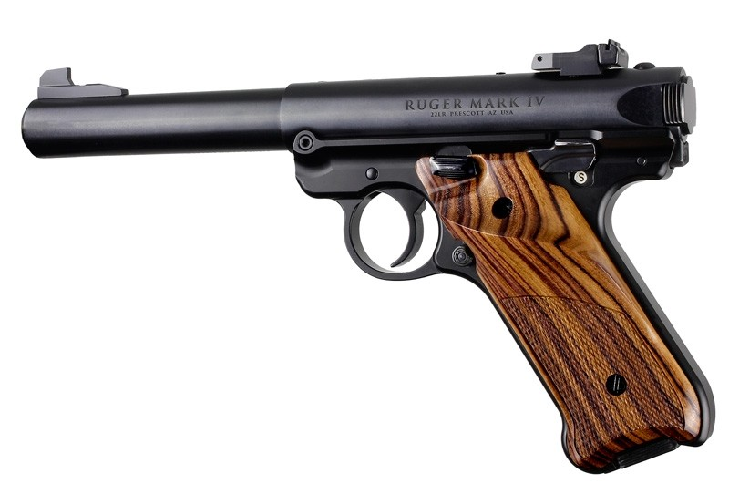 Ruger MK IV: Kingwood Checkered Hardwood Grip with Right Hand Thumb Rest
