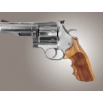 Dan Wesson Large Frame Goncalo Checkered