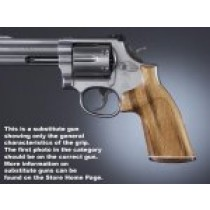 Dan Wesson Small Frame Goncalo No Finger Groove, Stripe/Cap, Checkered