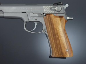 S&W 5900 Series Goncalo