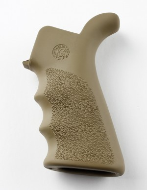 AR-15/M-16 Rubber Grip Beavertail with Finger Grooves Flat Dark Earth