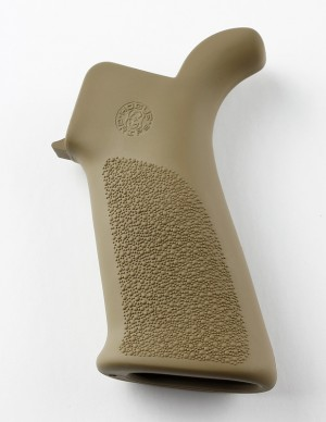 AR-15/M-16 Rubber Grip Beavertail with No Finger Grooves Flat Dark Earth